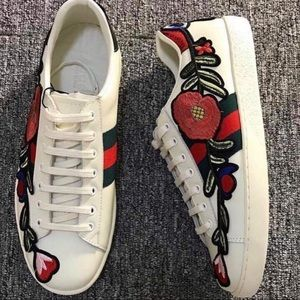 Gg embroidered sneakers NEW